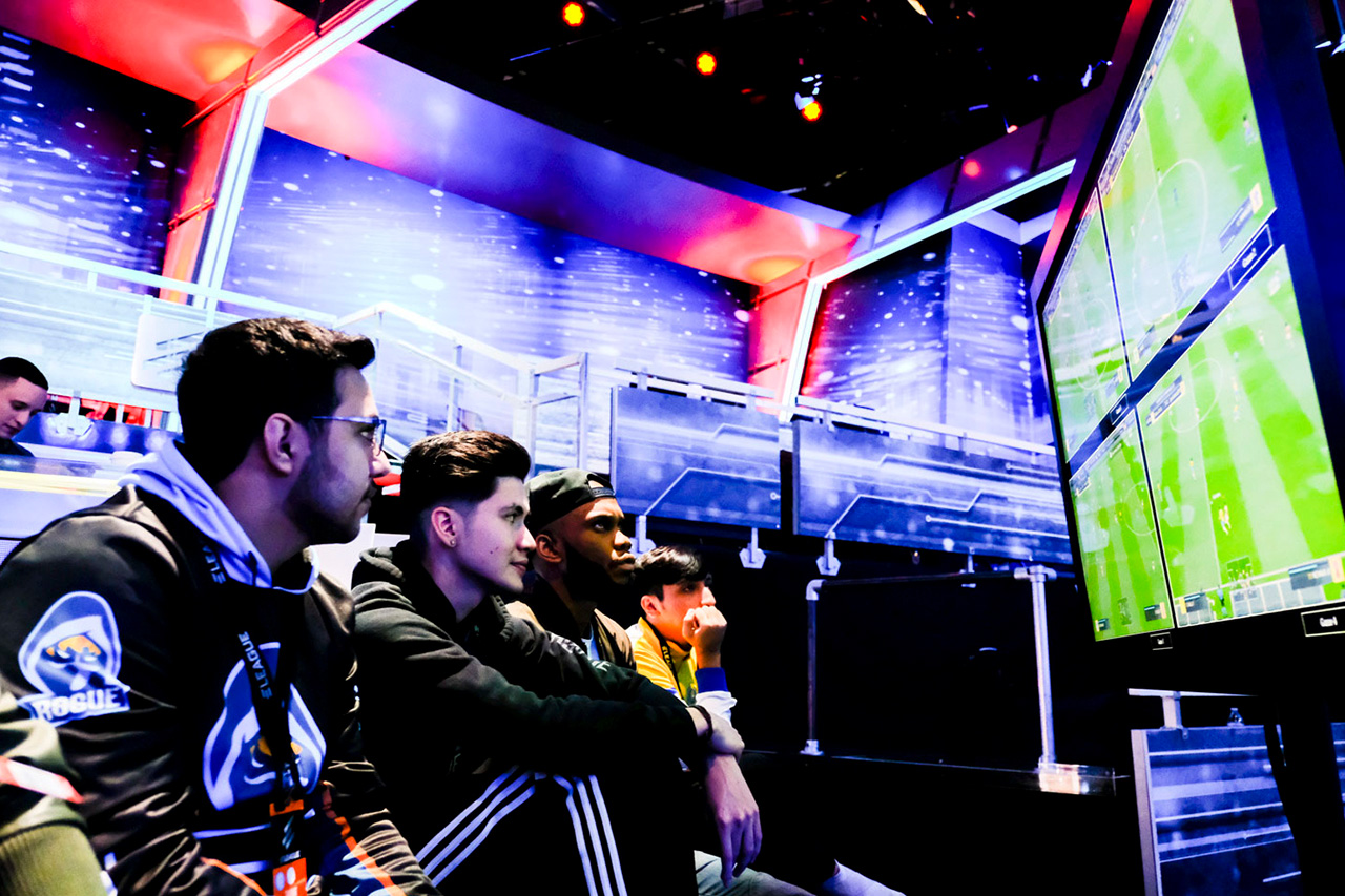 FUT Champions Cup February Day 2 - 8