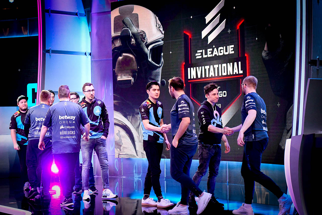 CS:GO Invitational 2019 Day 2 12