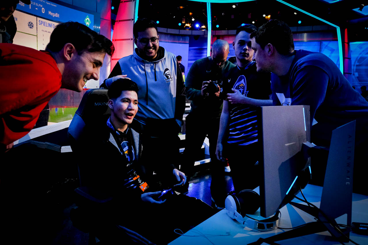 FUT Champions Cup February Day 1 - 19